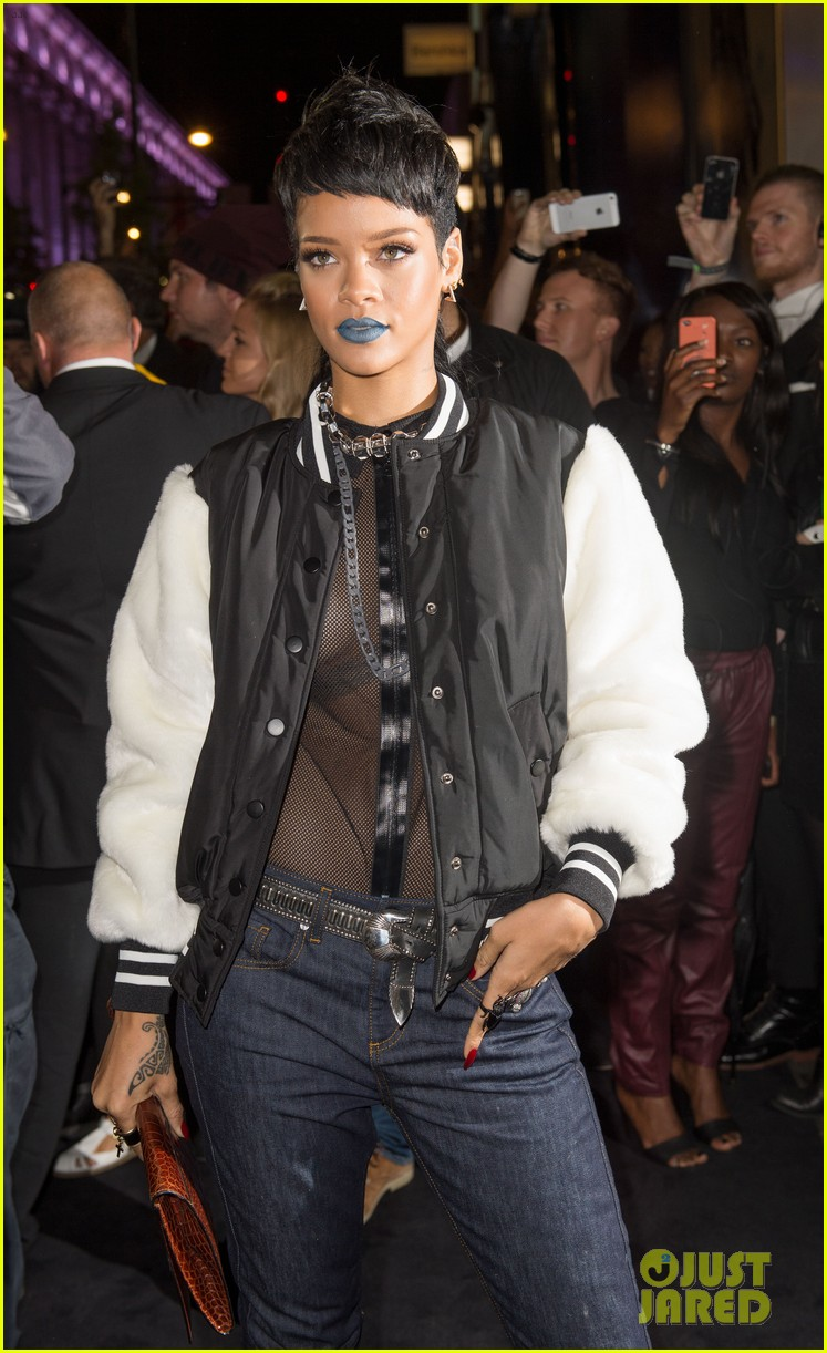 rihanna blue lips for river island collection launch 082949474