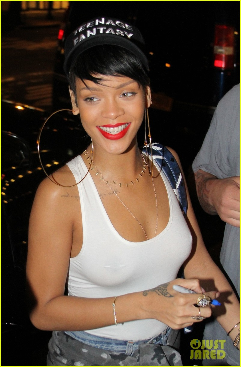 style bling and for b chanel s got real beauty a photos rihanna thing earrings fashion