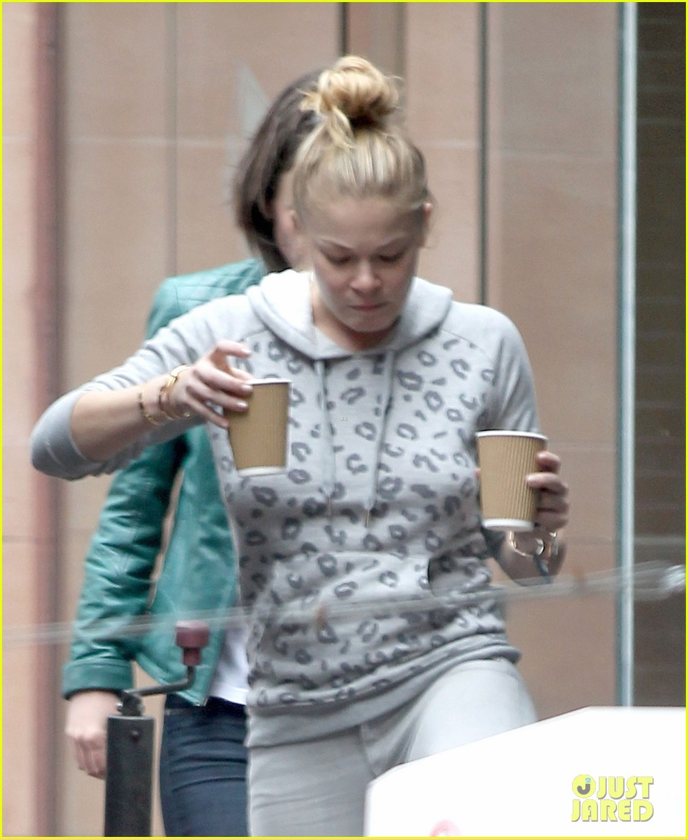 leann rimes starts day with coffee miley cyrus wrecking ball 022954244