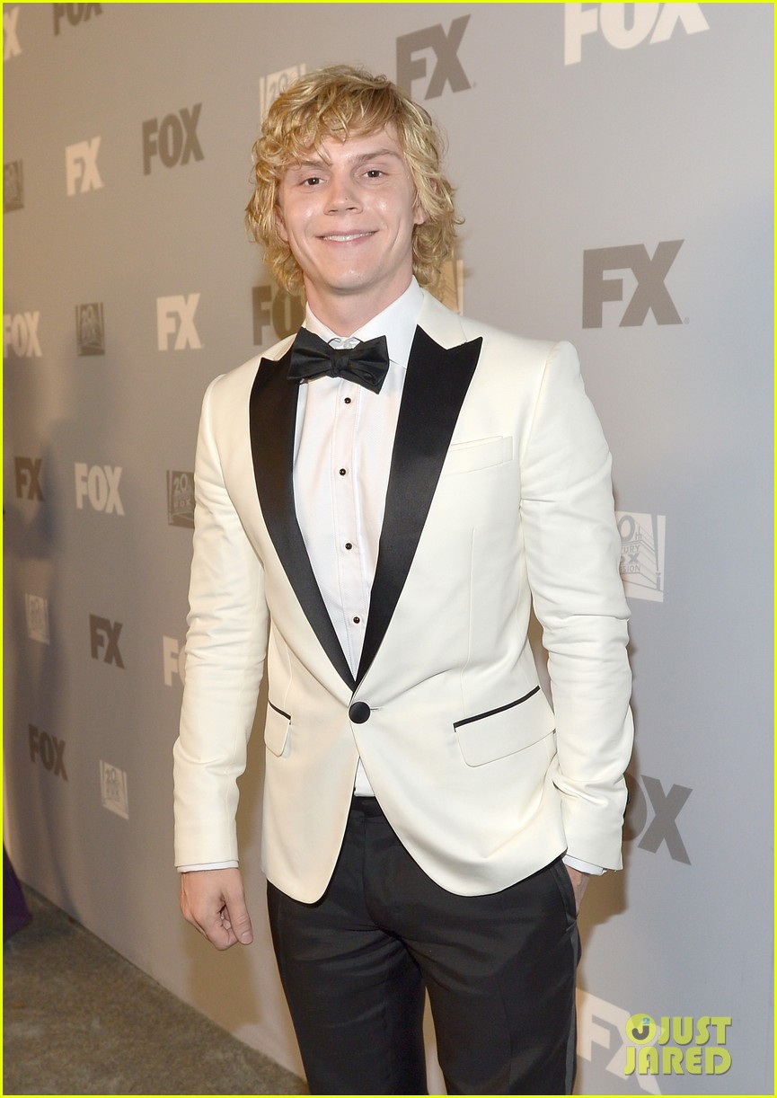 emma roberts evan peters fox emmys 2013 after party 122958443