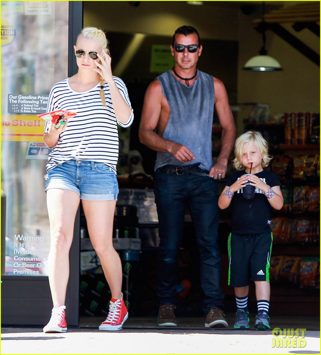gavin rossdale malibu pit stop with the boys 12