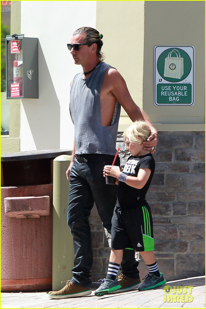 gavin rossdale malibu pit stop with the boys 132942803