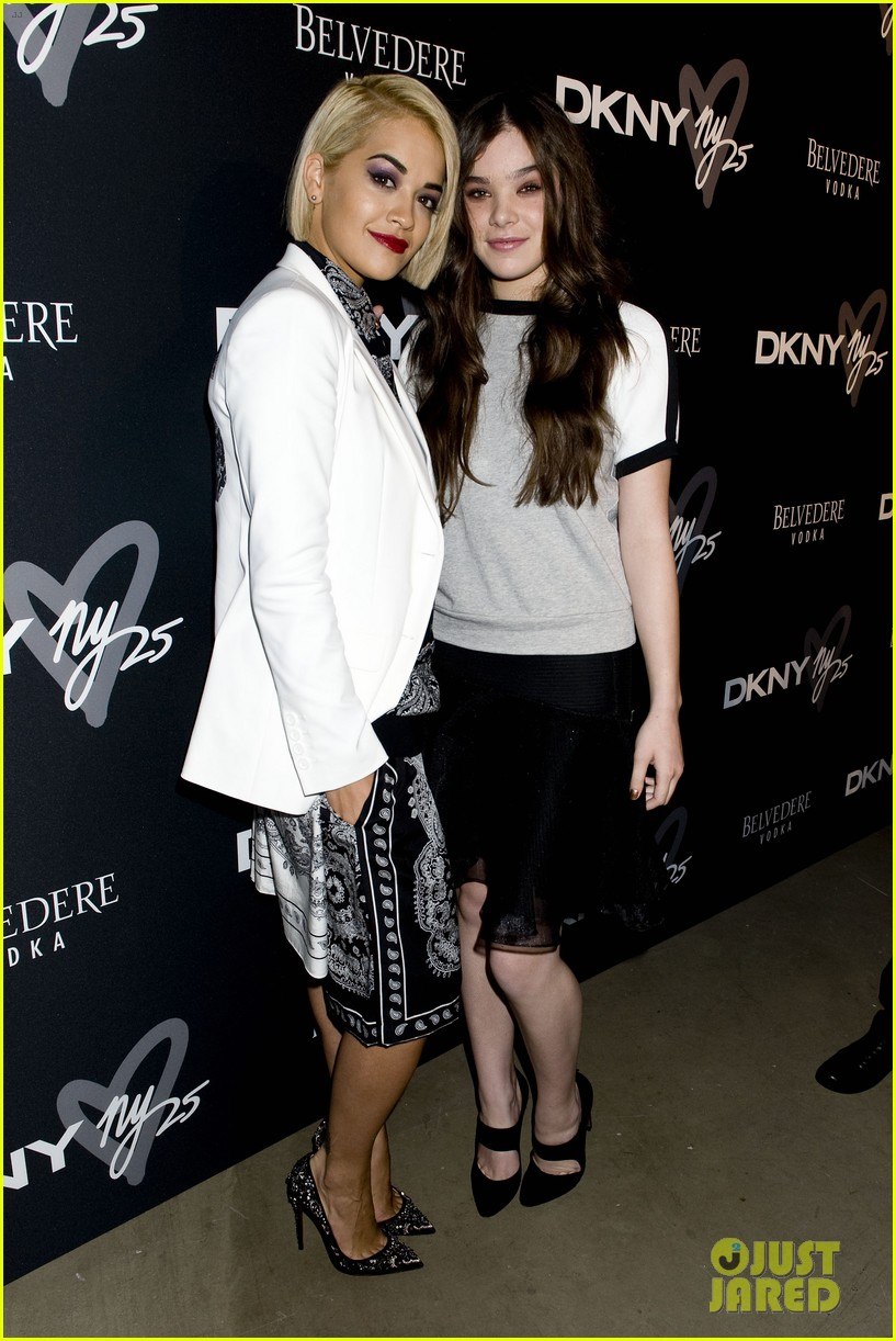 emmy rossum hailee steinfeld dkny party 122949201