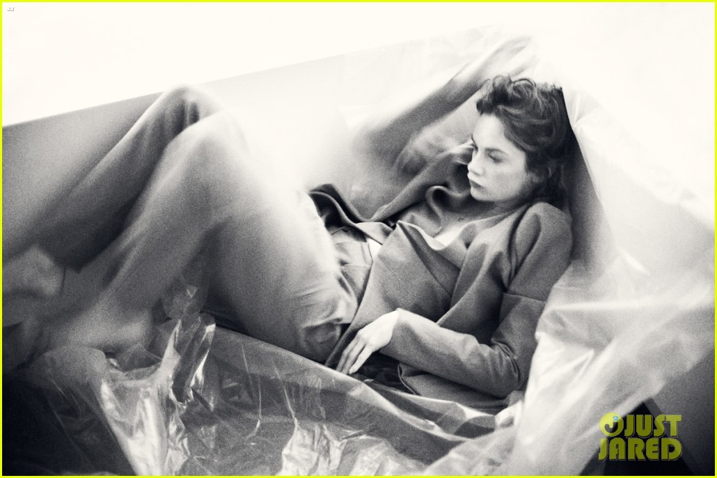 ruth wilson flaunt magazine feature 012952810