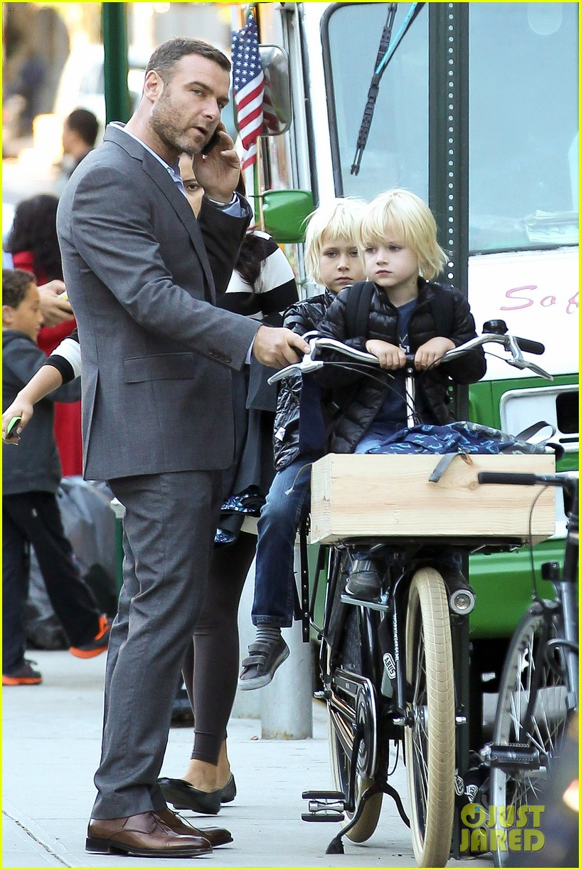 liev schreiber suits up for bike ride with his boys 072959082
