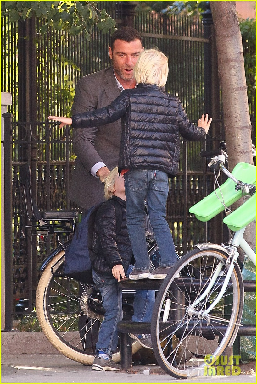 liev schreiber suits up for bike ride with his boys 162959091