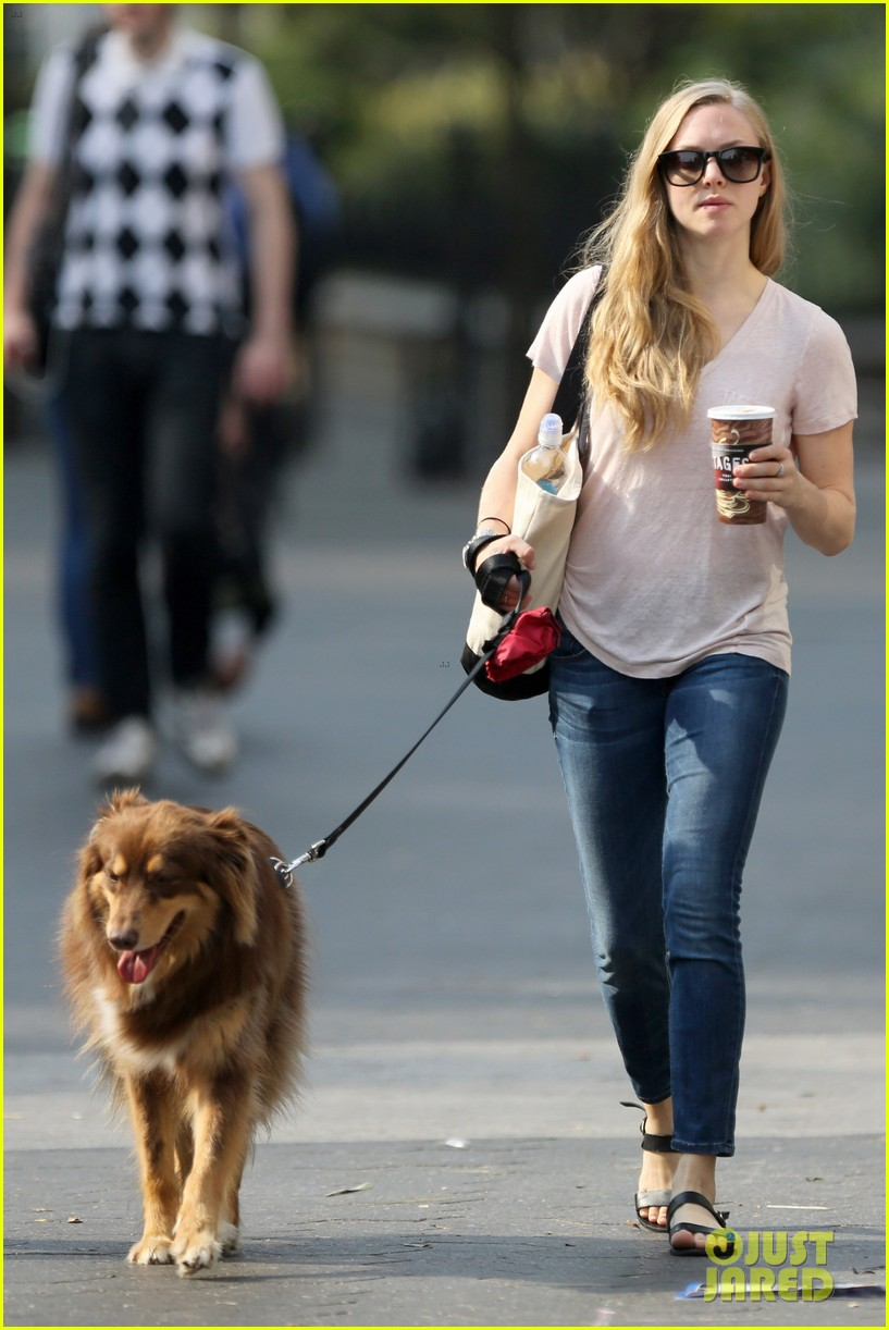 amanda seyfried immortality for her dog finn 122951328