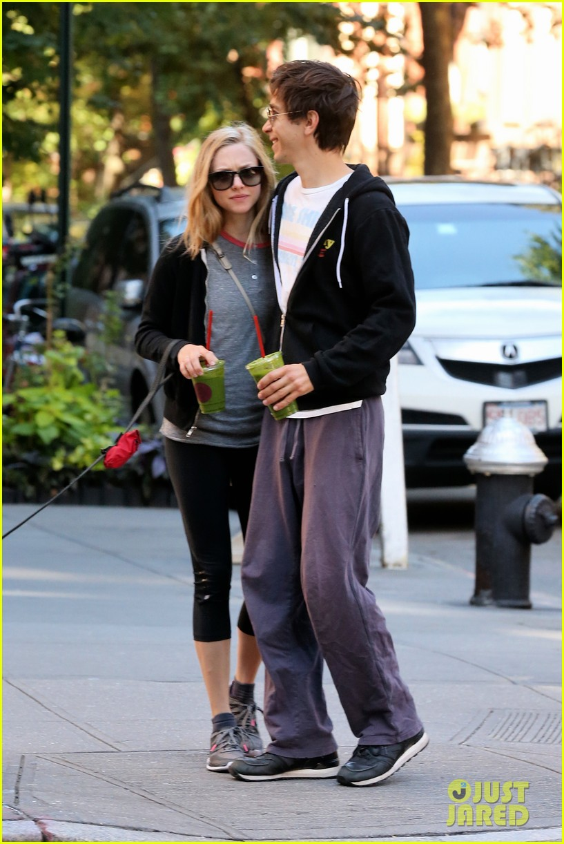 amanda seyfried justin long juice bar morning pick up 042956052