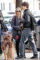 amanda seyfried justin long nyc dog walking twosome 01