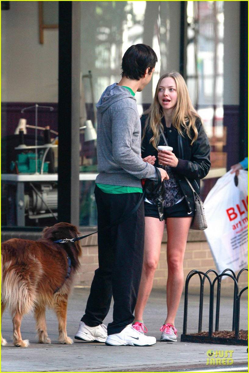 amanda seyfried flashes underwear while were young 162959522