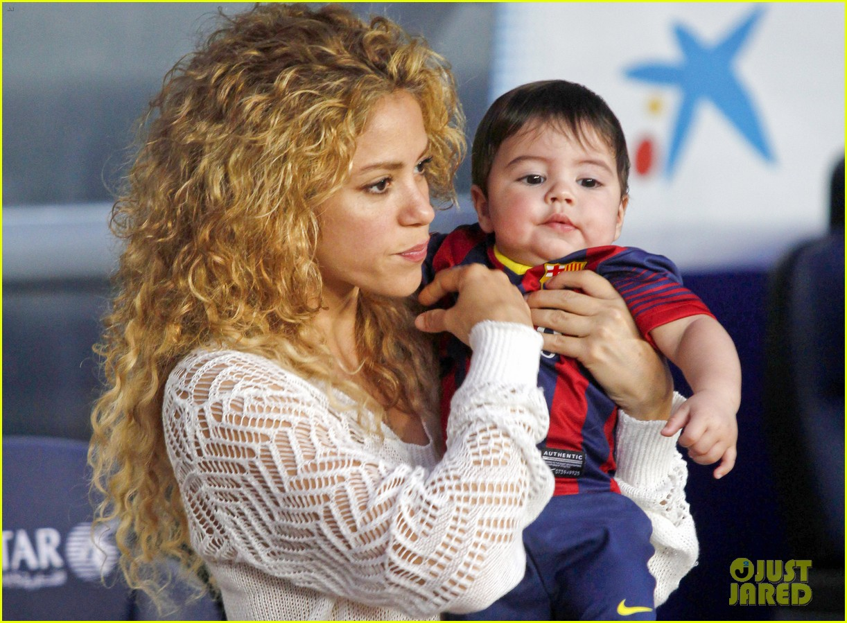 Shakira amp; Baby Milan Cheer on Gerard Pique!: Photo 2952843  Celebrity