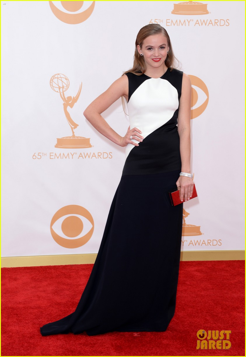 kiernan shipka morgan saylor emmys 2013 red carpet 062957920