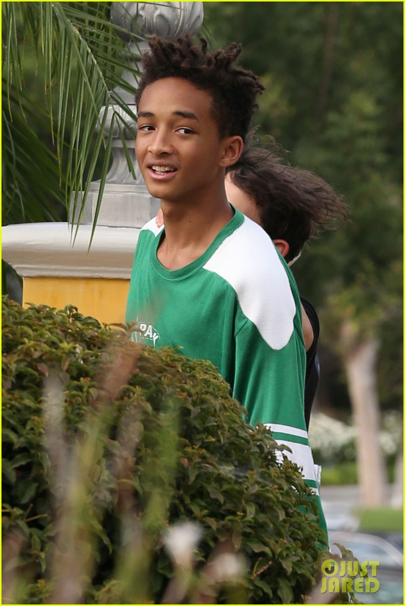 jaden smith moises arias run for sushi 082942813