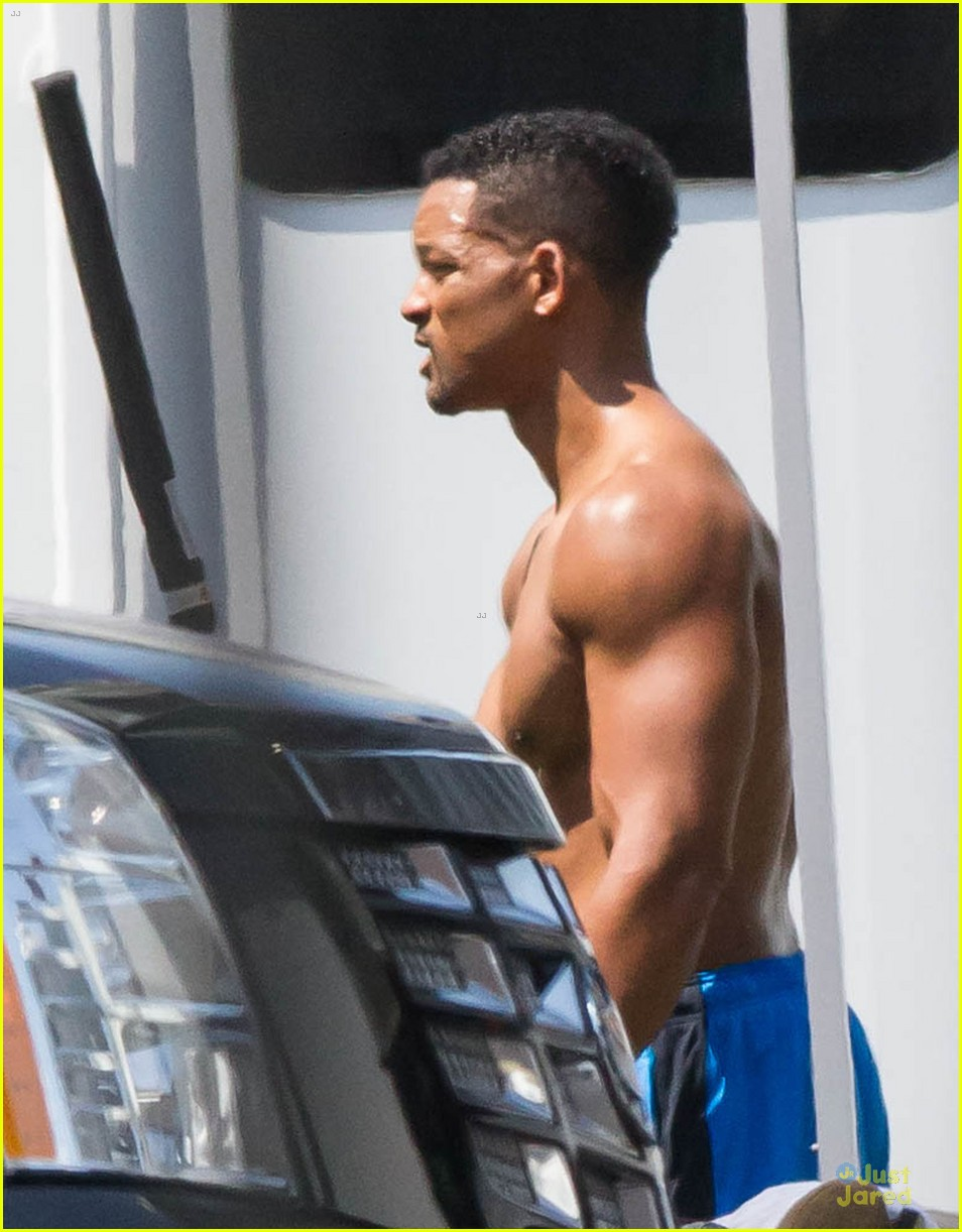 will smith shirtless fighting moves for focus 132951726