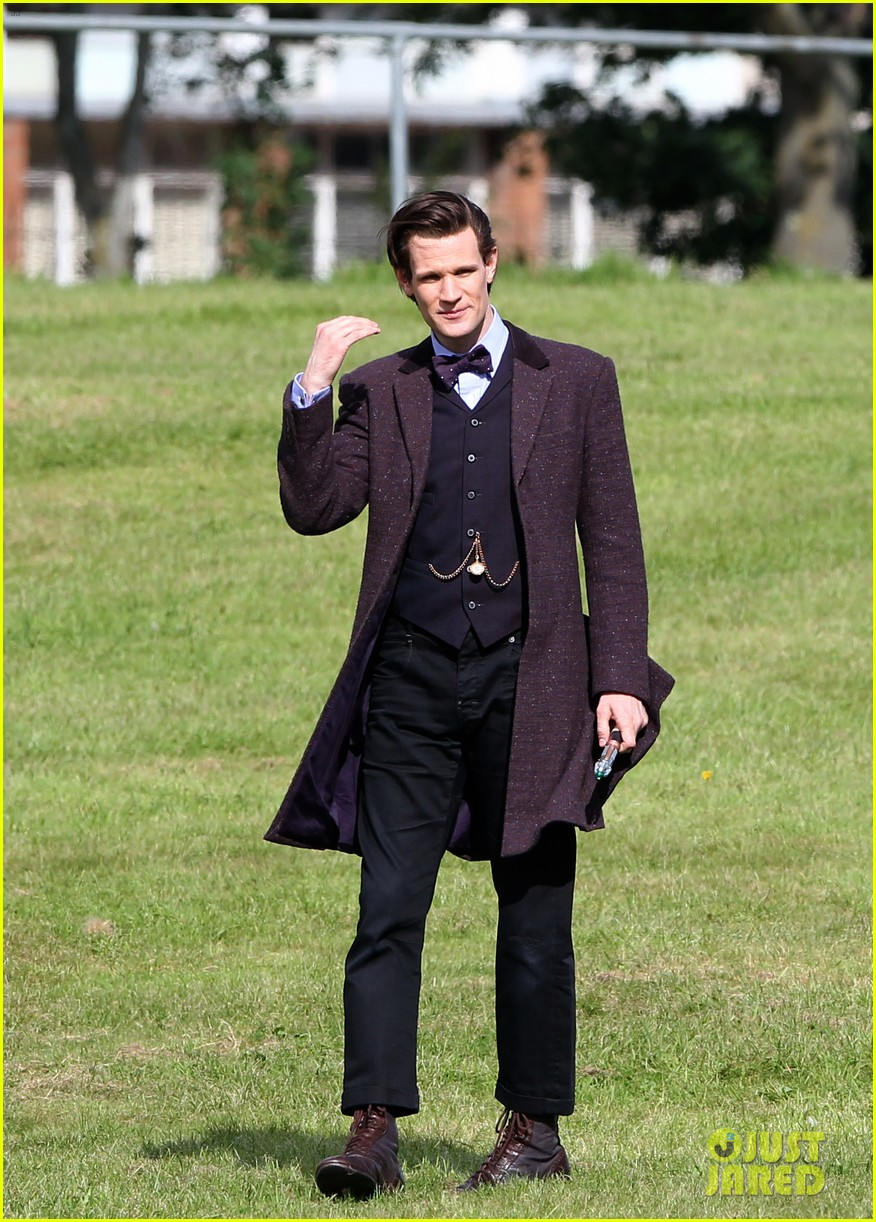 matt smith films doctor who christmas special with jenna coleman 052949169