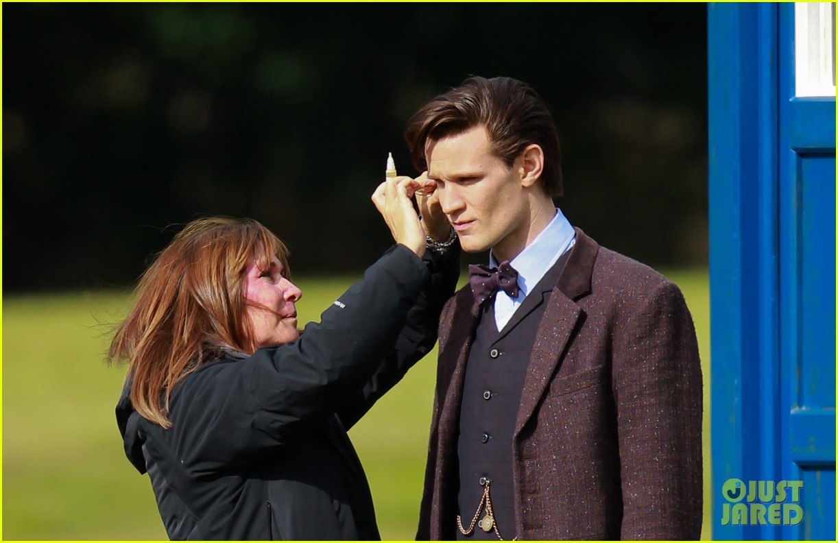 matt smith films doctor who christmas special with jenna coleman 24