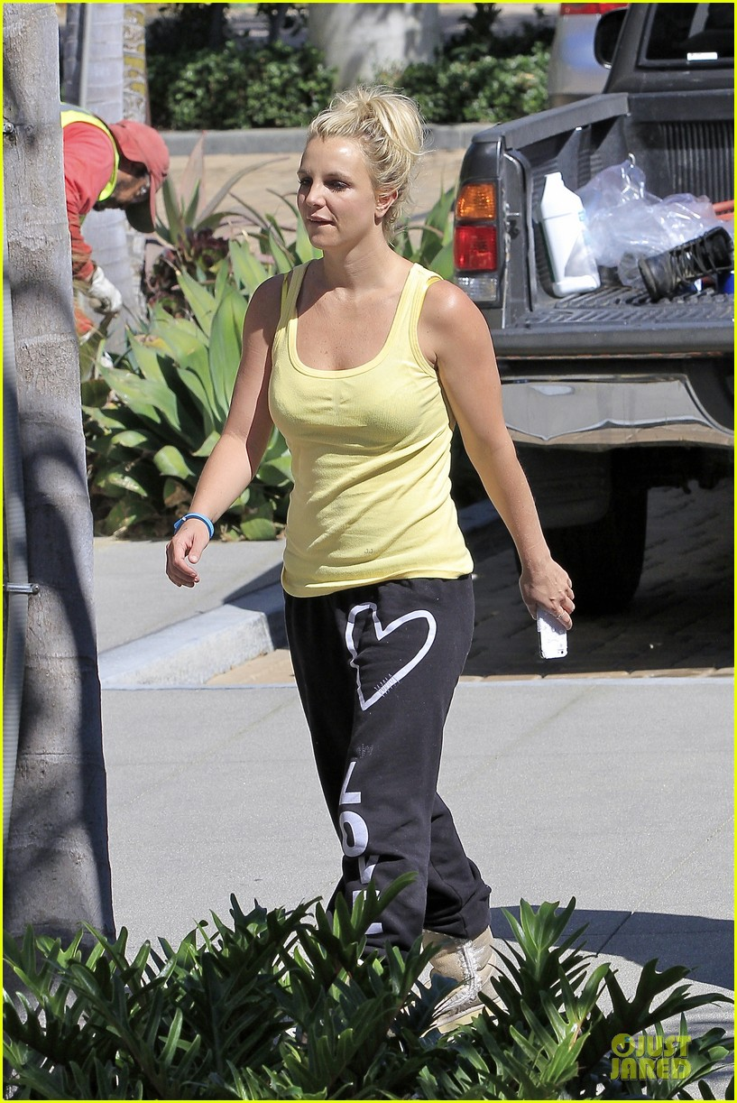 britney spears spreads love after labor day 062943141