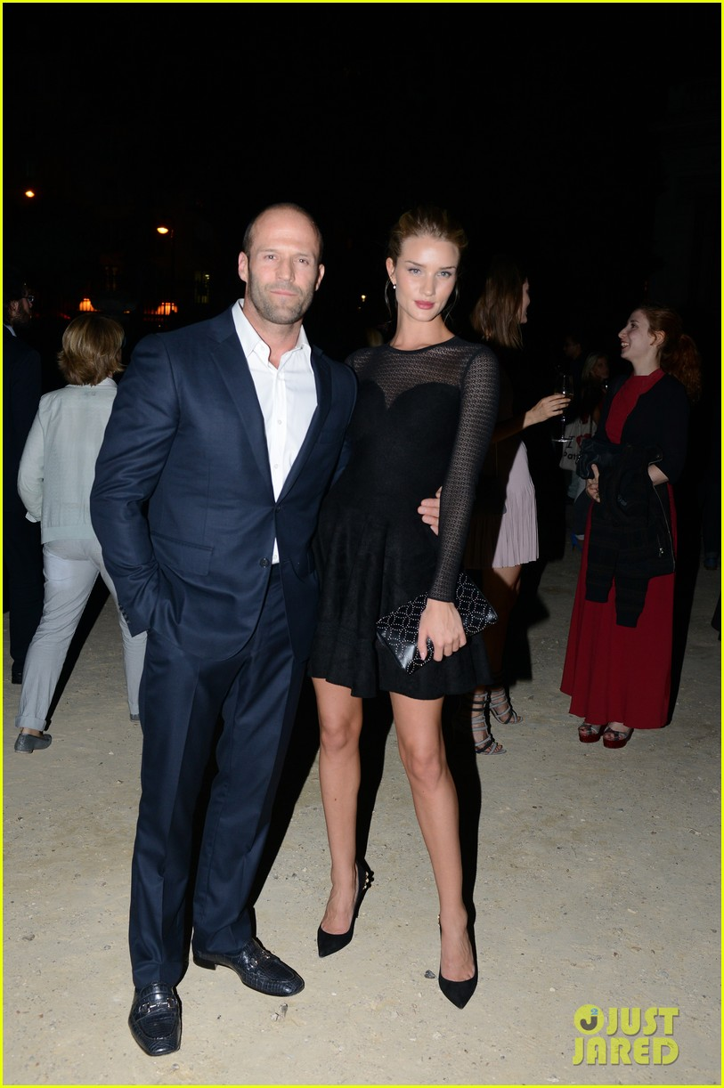 jason statham rosie huntington whiteley azzedine alaia paris fashion show 012959942