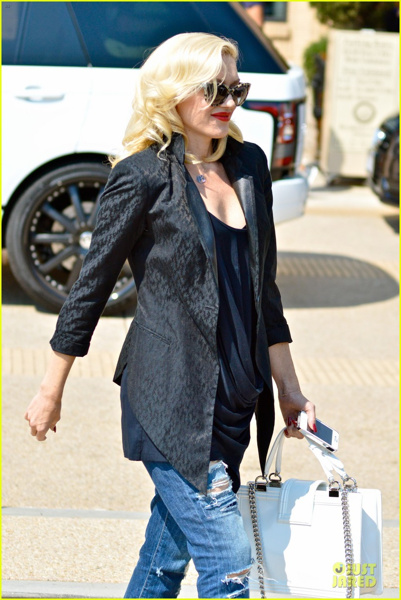 gwen stefani pregnancy confirmed by eve 092951621