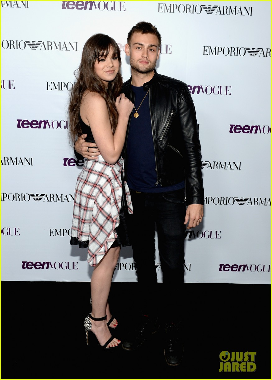 hailee steinfeld douglas booth teen vogue young hollywood party 2013 032961555