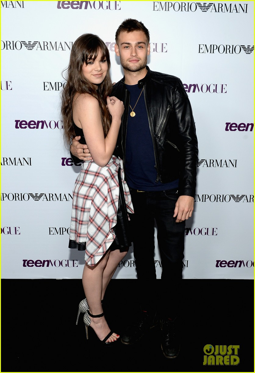 hailee steinfeld douglas booth teen vogue young hollywood party 2013 052961557