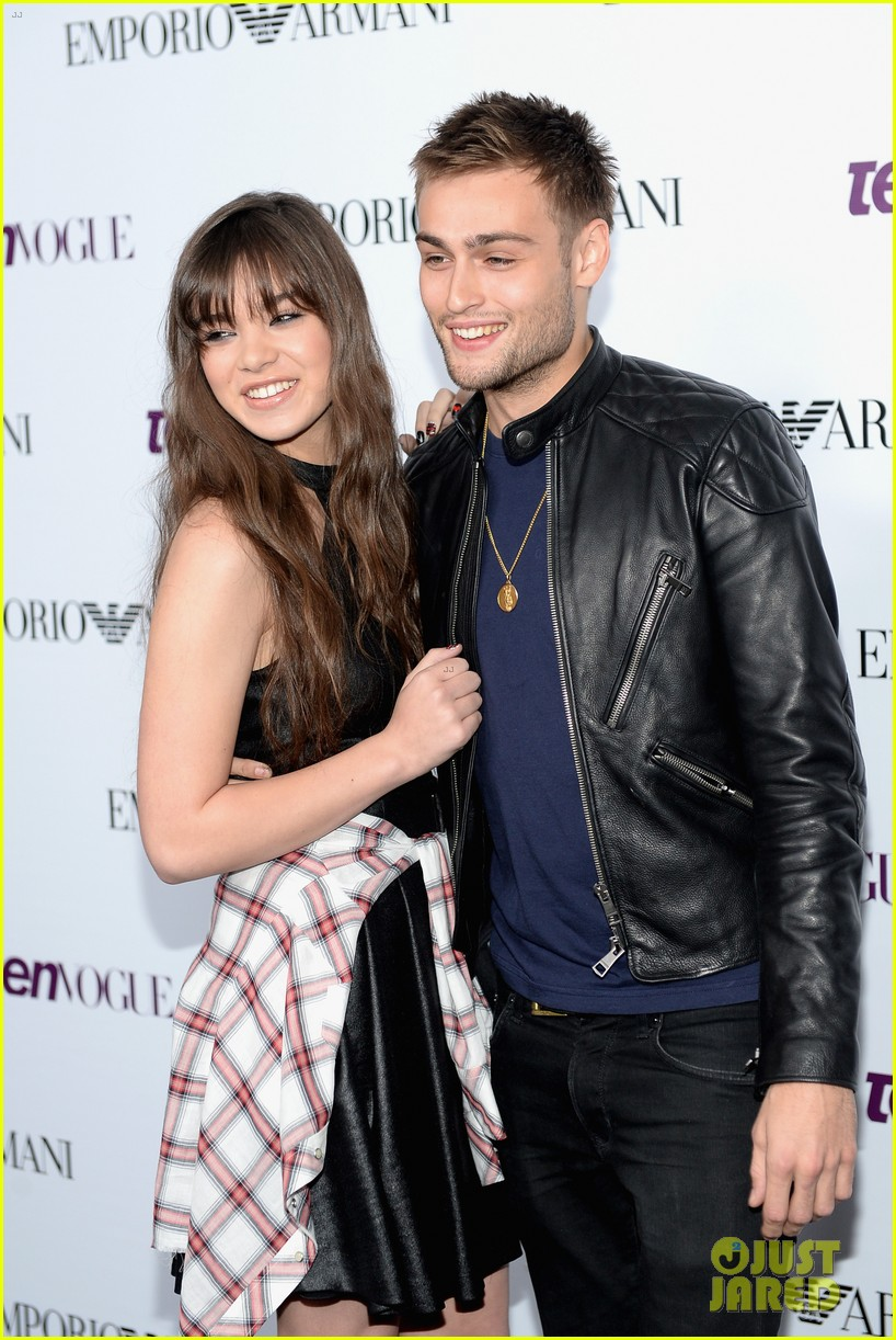 hailee steinfeld douglas booth teen vogue young hollywood party 2013 092961561
