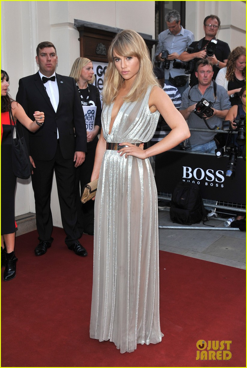 suki waterhouse gq men of the year awards 2013 052942997
