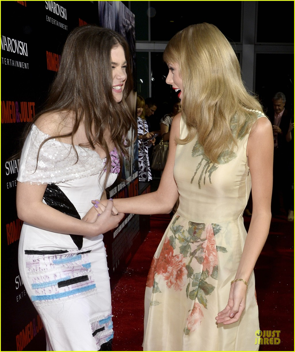 taylor swift supports bff hailee steinfeld at romeo juliet premiere 092959553