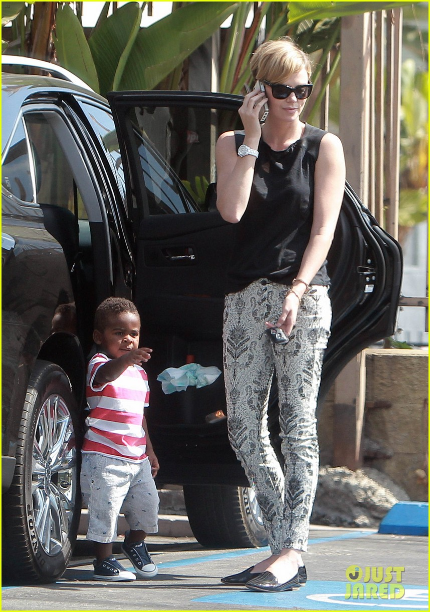 charlize theron grabs coffee with her little man jackson 202960121