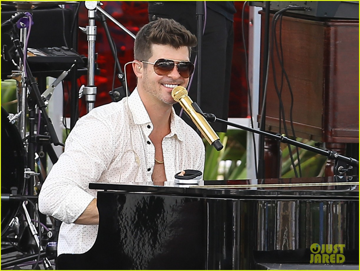 robin thicke waterslide adventures with julian 082942094