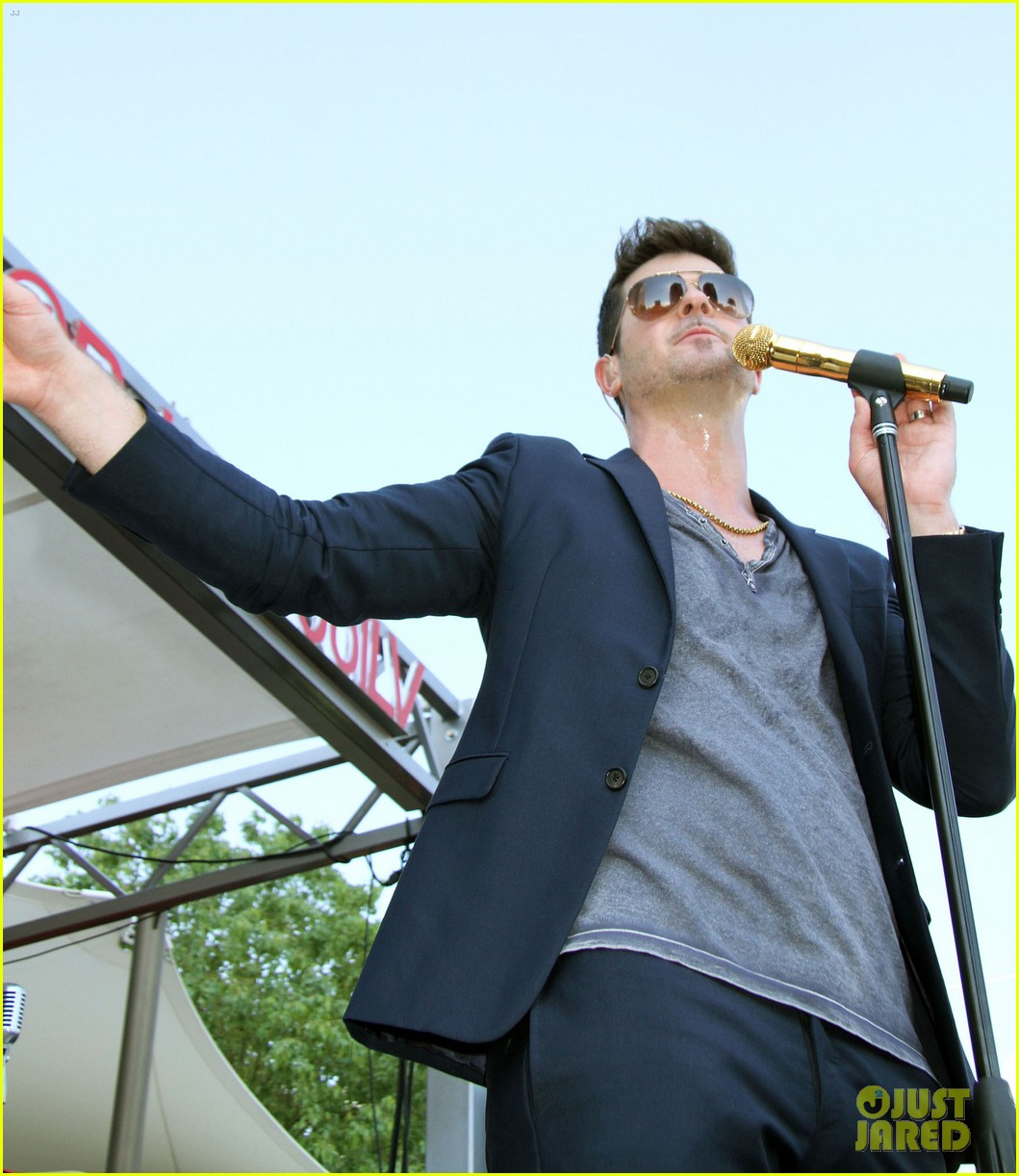 robin thicke talks functional dysfunctional marriage to paula patton 122952561