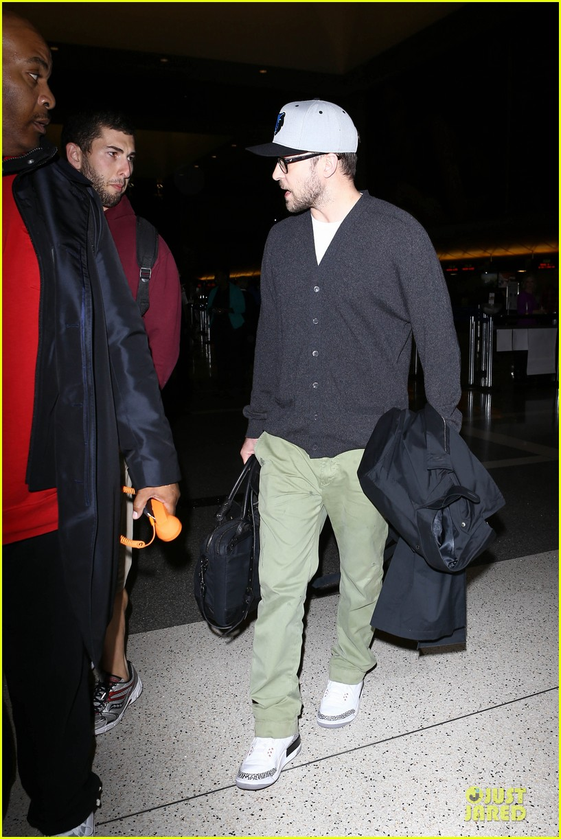 justin timberlake supports memphis grizzlies at lax airport 032961455