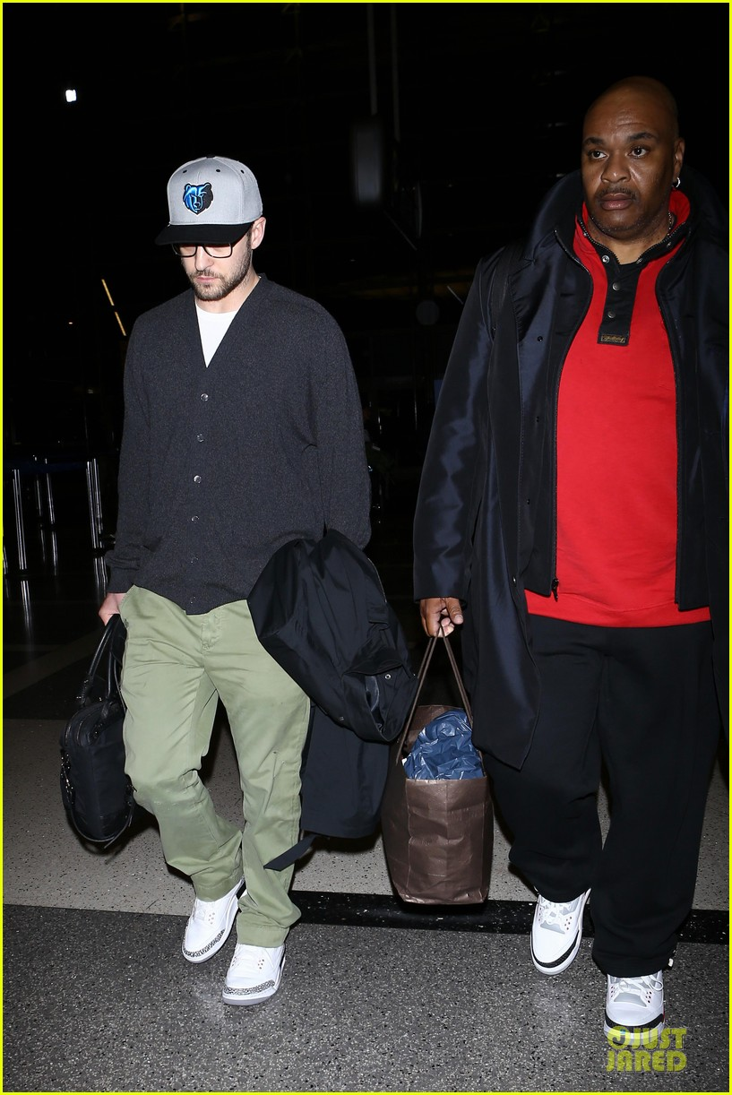 justin timberlake supports memphis grizzlies at lax airport 052961457