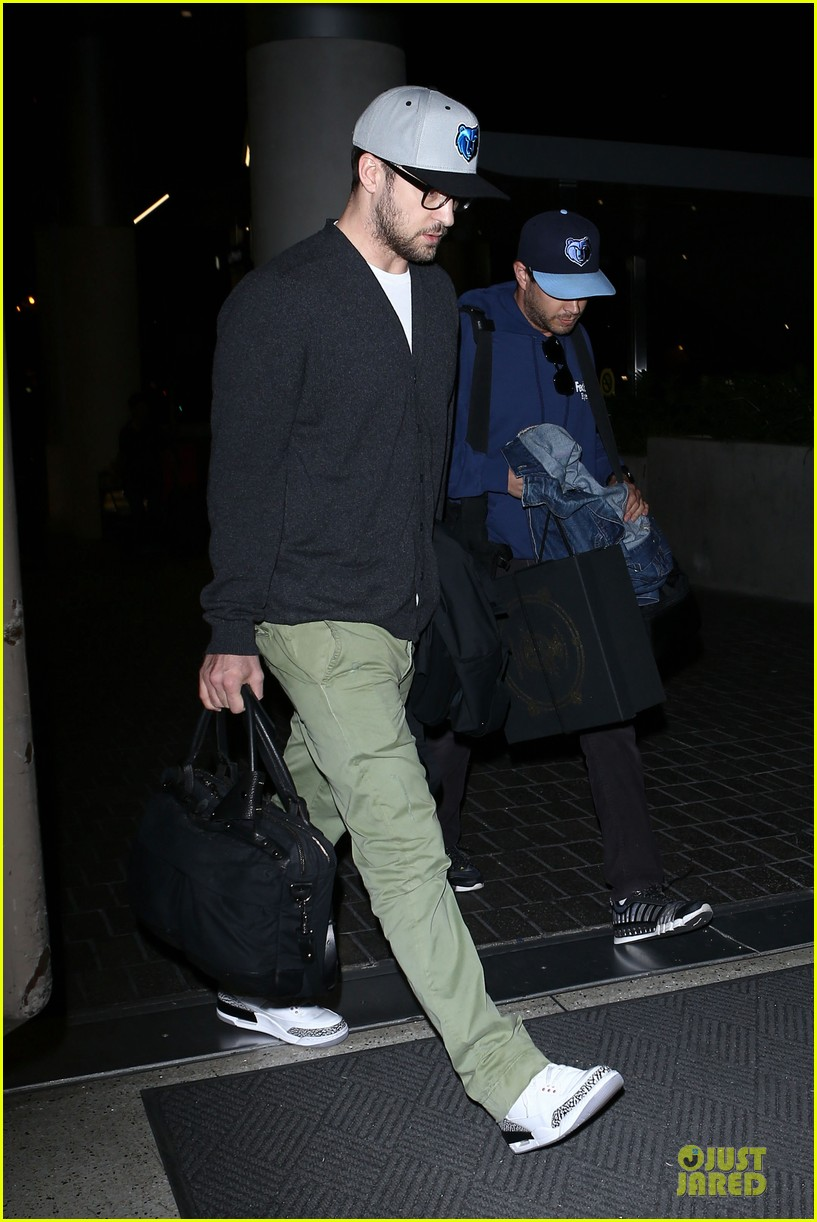 justin timberlake supports memphis grizzlies at lax airport 072961459