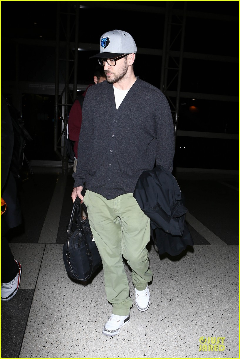 justin timberlake supports memphis grizzlies at lax airport 082961460