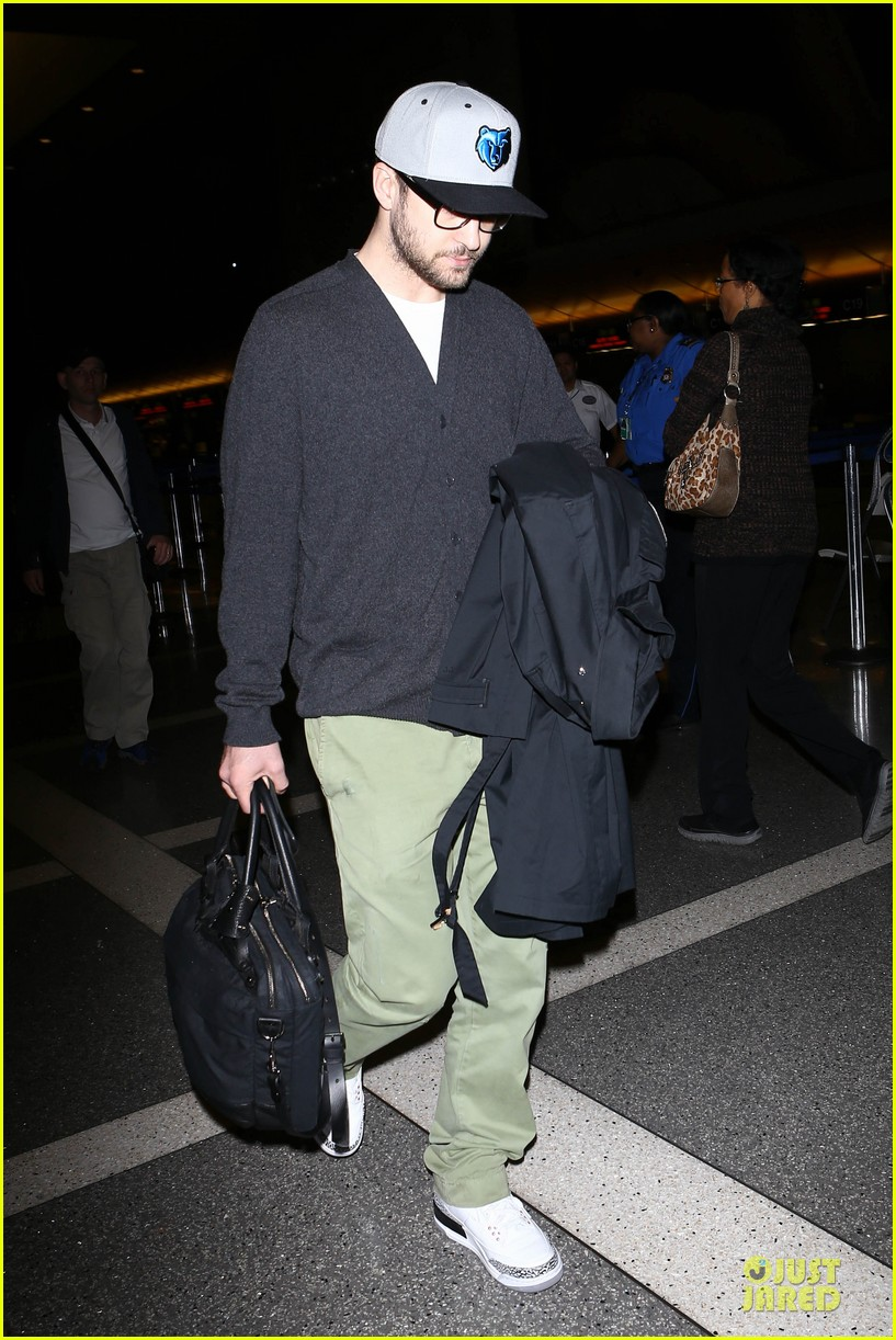 justin timberlake supports memphis grizzlies at lax airport 172961469