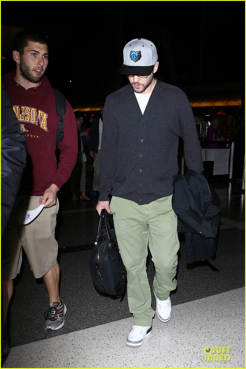 justin timberlake supports memphis grizzlies at lax airport 182961470