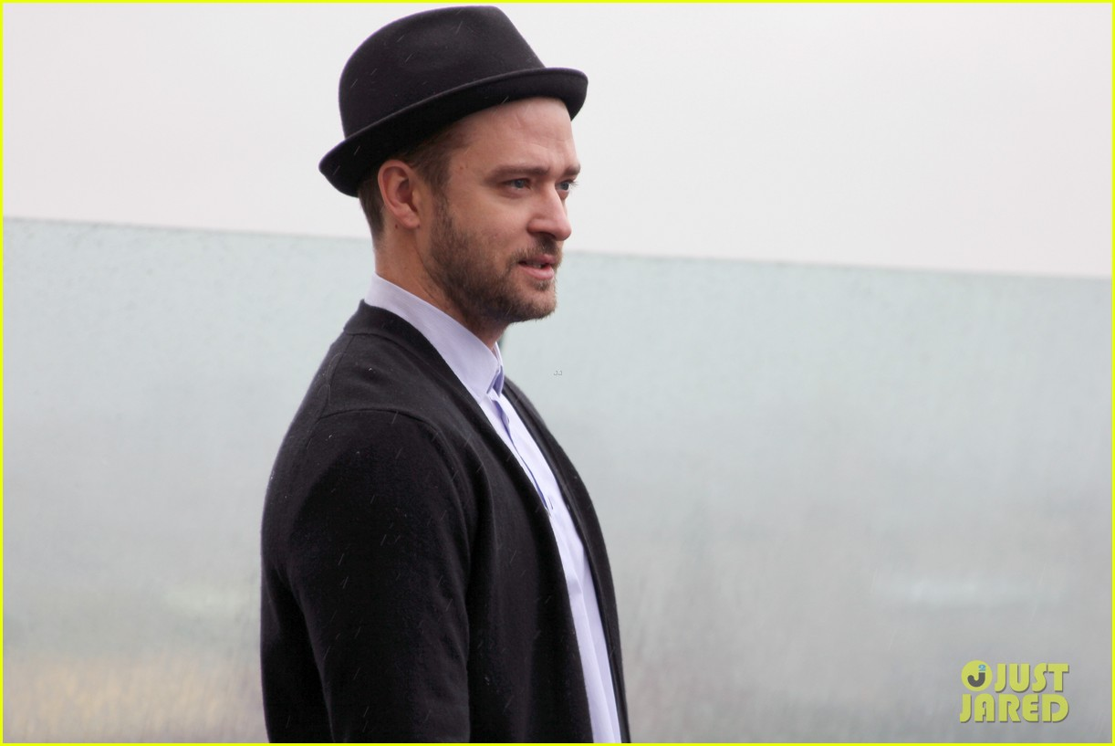 justin timberlake runner runner moscow photo call 042945098