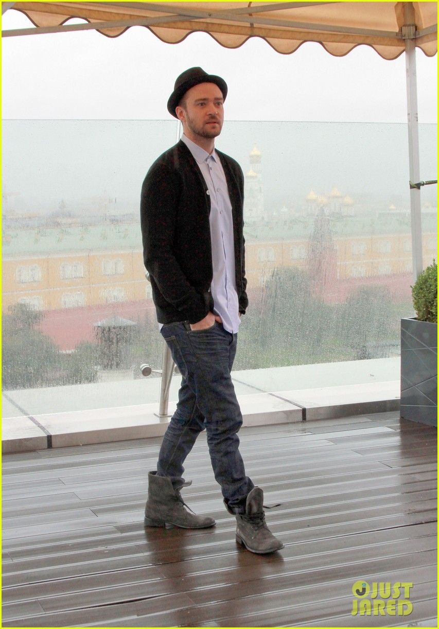 justin timberlake runner runner moscow photo call 122945106