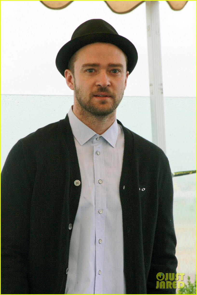 justin timberlake runner runner moscow photo call 15
