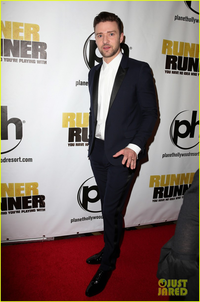 justin timberlake runner runner premiere with jessica biel 112954951