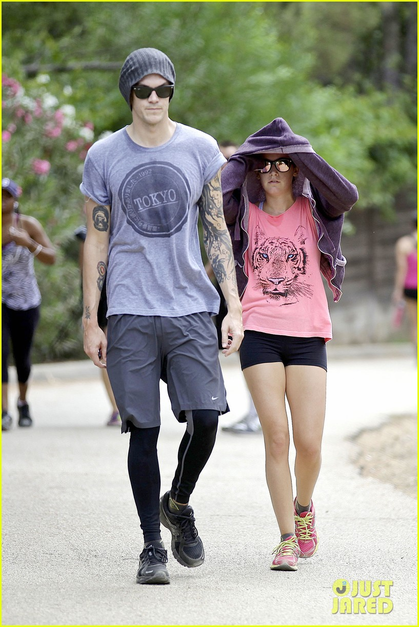ashley tisdale labor day party with christopher french 042942343