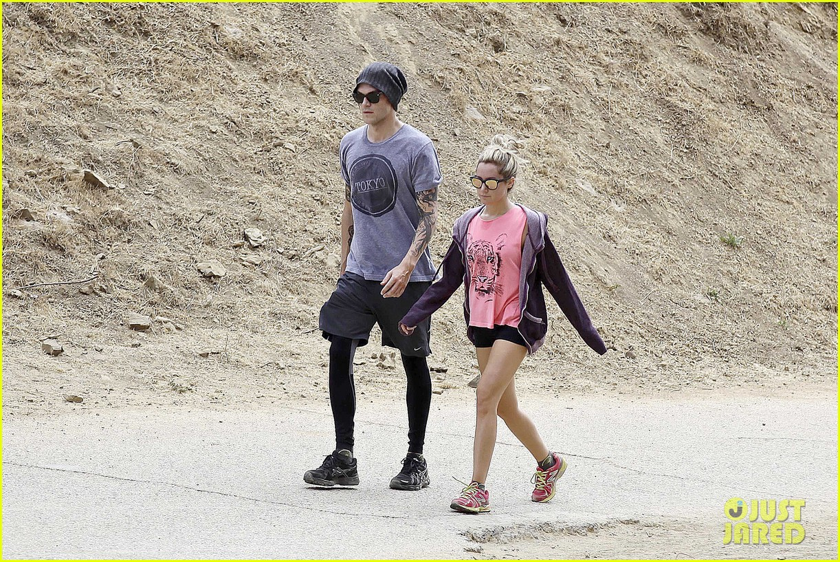 ashley tisdale labor day party with christopher french 202942359
