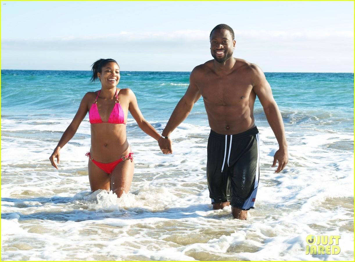gabrielle union bikini beach babe with shirtless dwyane wade 012957284