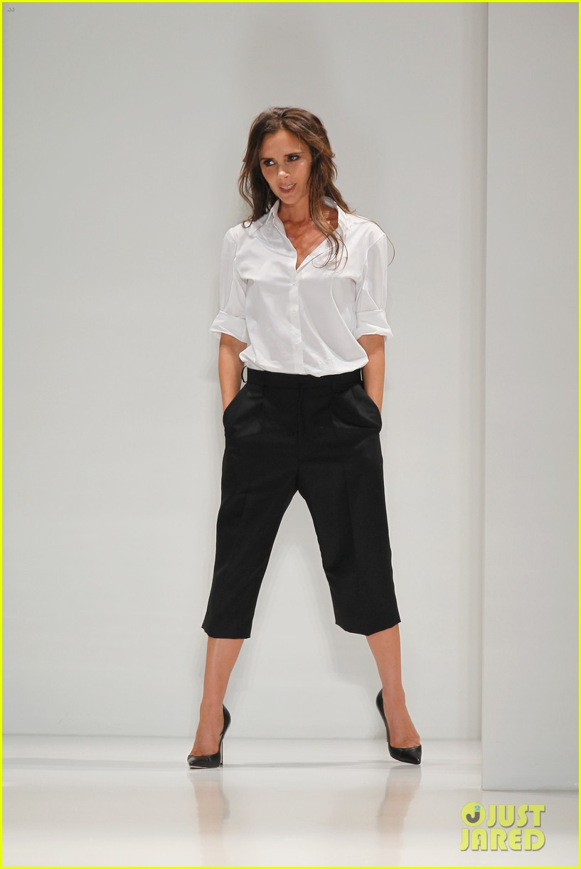 victoria beckham presents her spring collection at fashion week 062947014