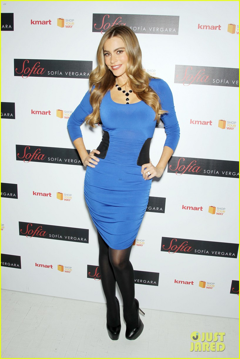 sofia vergara celebrates fall holiday collections for kmart 012959974