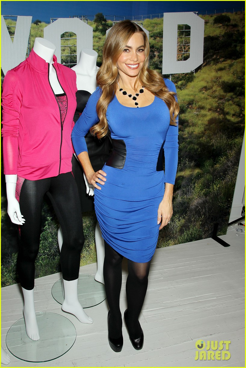 sofia vergara celebrates fall holiday collections for kmart 112959984