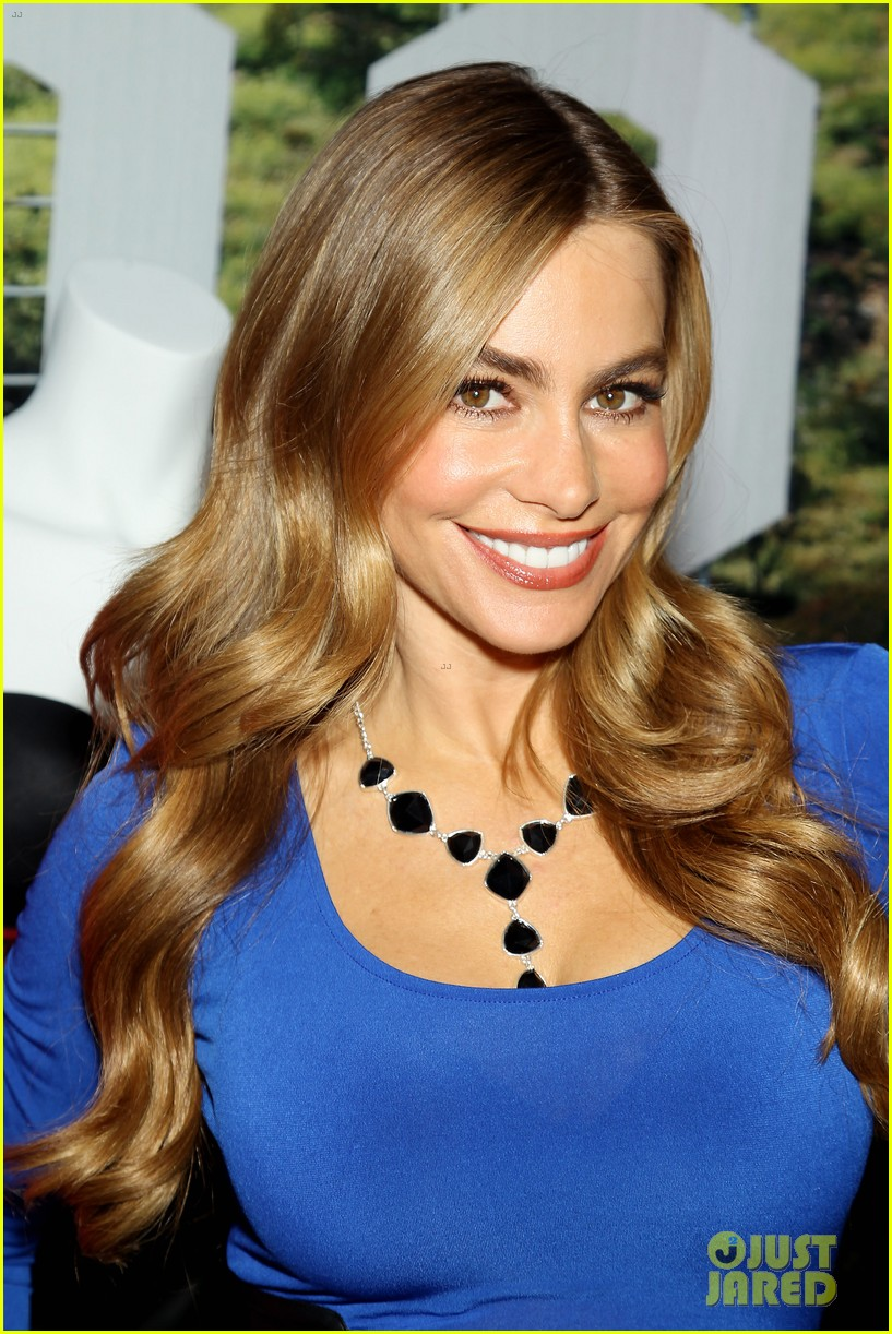sofia vergara celebrates fall holiday collections for kmart 132959986