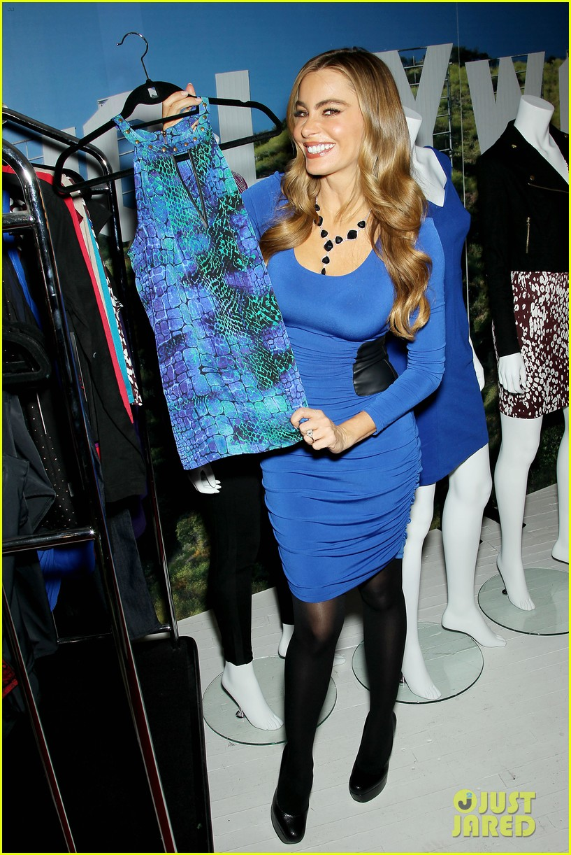 sofia vergara celebrates fall holiday collections for kmart 152959988