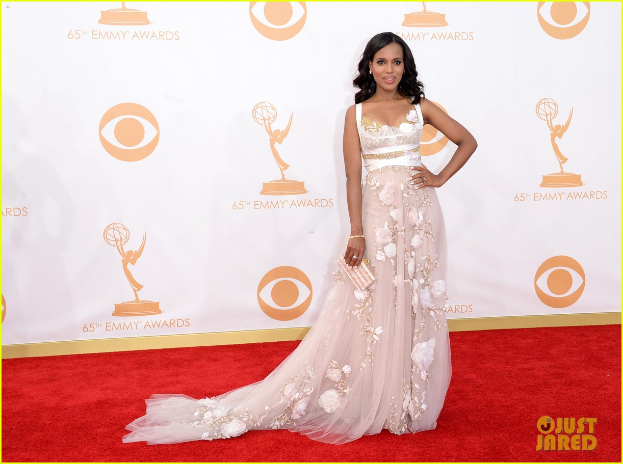http://cdn01.cdn.justjared.com/wp-content/uploads/2013/09/washington-emmys/kerry-washington-emmys-2013-red-carpet-03.jpg